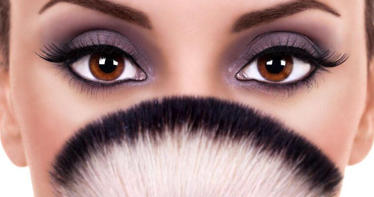 błędy w makijażu oczu
